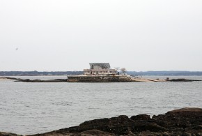 There's A Private Island Home Off The Coast of New York City