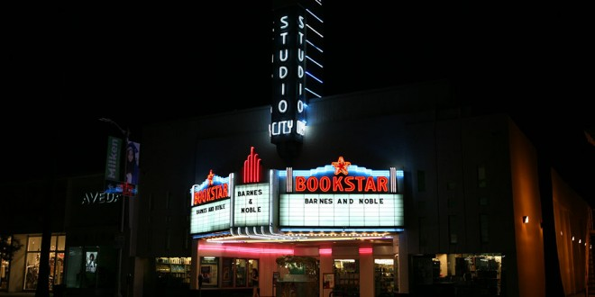 First Scouting LA Post! When Your Local Barnes & Noble Is In A 1930s Art Deco Movie Theater